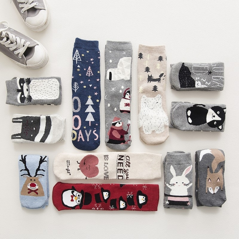 #menswear #anklesocks Warm Winter Socks with Animal and Festive Designspic.twitter.com/DuT7RBGMGr