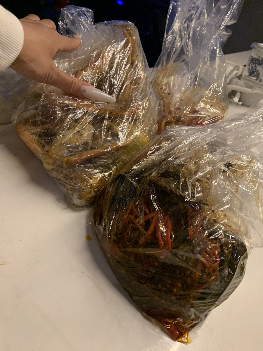 Y'all trippin I still got my mussels, crawfish, and crab still in quarantine 👅👅👅