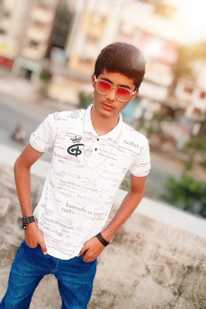 I am not perfect          But  I am original 😎😎  #like4like #likeforlike #LikeForLikes #like4likes #follobackforfolloback #follo4follo #follobackinstantly #follo4folloback #FolloForFolloBack #Likee #folloback #Rupammahitkar #Royalbruhh #trending #foryoupage #foryou