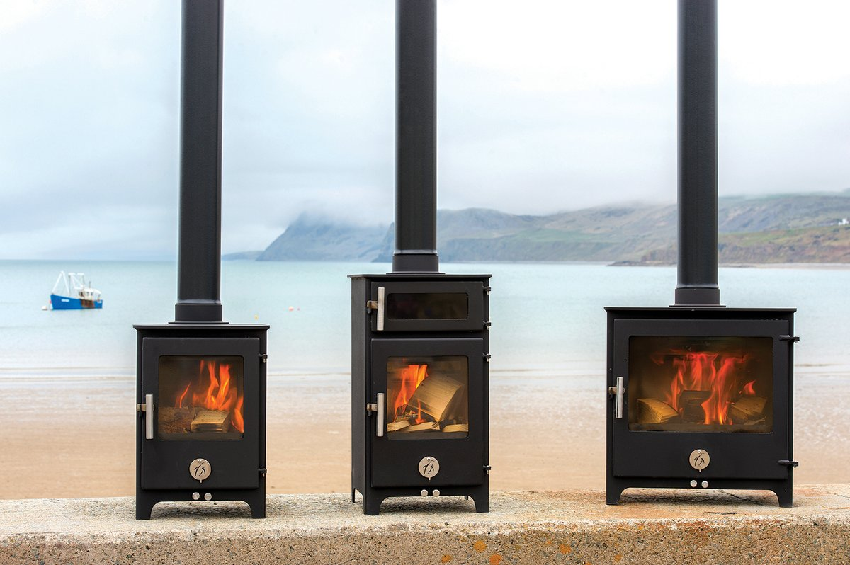 Chilli Penguin stoves are a small family run business located in North Wales. Established since 2001 they have a network of over 80 selected stockists nationwide and we delighted to be one of them. https://www.ironandwood.co.uk/traditional-stoves/ … #woodstove#stoves#woodburner#logburner#heating #cosyhome pic.twitter.com/9Dw9JzGrAT