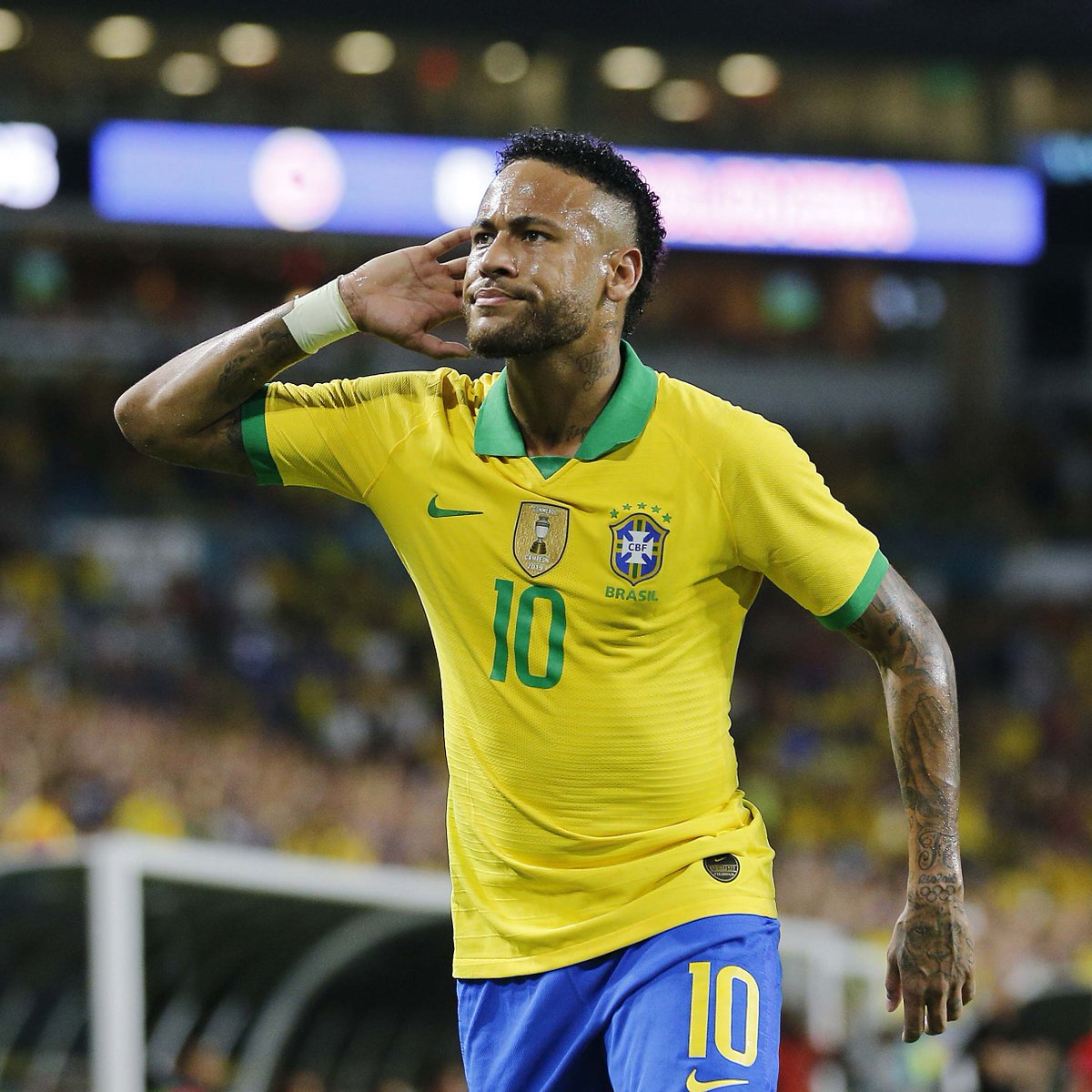 """Today's #PlayerInFocus is Neymar    Santos  Barcelona  PSG   Brazil   """"He's the heir to the throne of Cristiano Ronaldo and Lionel Messi.""""  One of a kind  <br>http://pic.twitter.com/3d0asM67wS"""