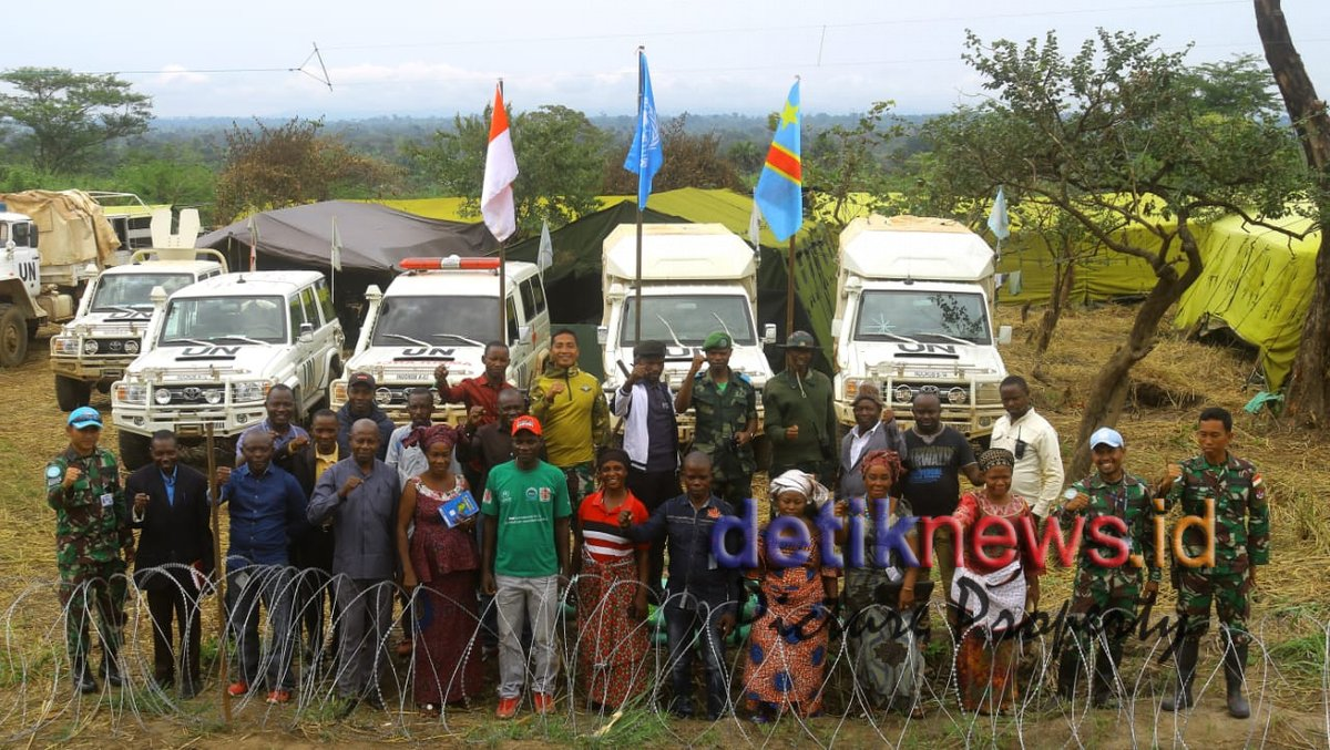 Personel Satgas RDB Sosialisasi Pencegahan Virus Corona Kepada Masyarakat Lubichako Kongo - http://detiknews.id/sosial-politik/personel-satgas-rdb-sosialisasi-pencegahan-virus-corona-kepada-masyarakat-lubichako-kongo/…pic.twitter.com/r3kIMB5Eq2