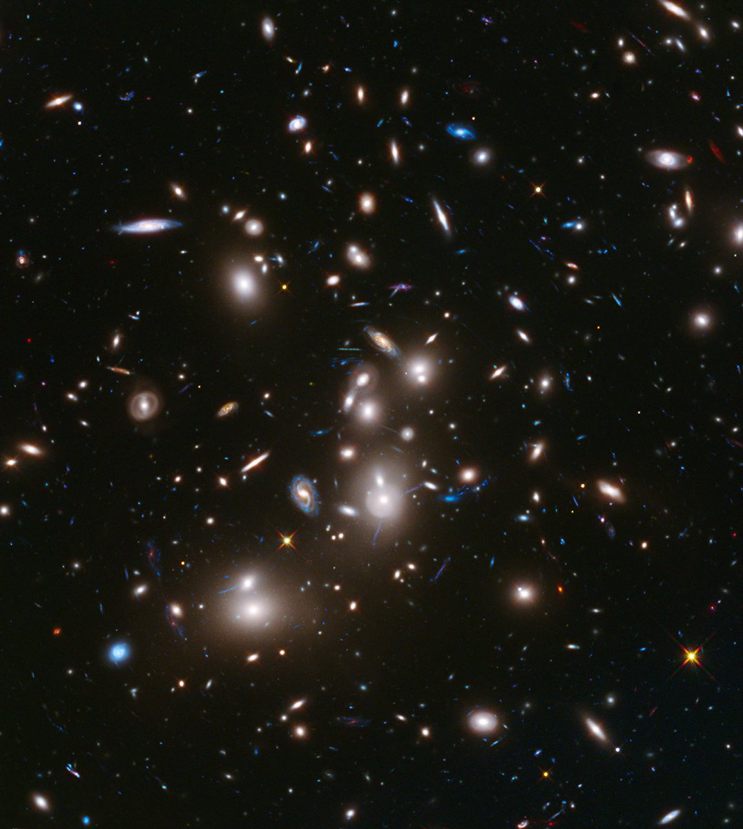 #Hubble30