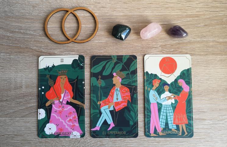 ¡Atentas todas las Sagitario, Leo y Aries que tenemos por aquí! Revisen aquí lo que les trae el Tarot este mes .  https://bit.ly/HoroscopoAbril_Fuego…pic.twitter.com/NWGGdcmv46