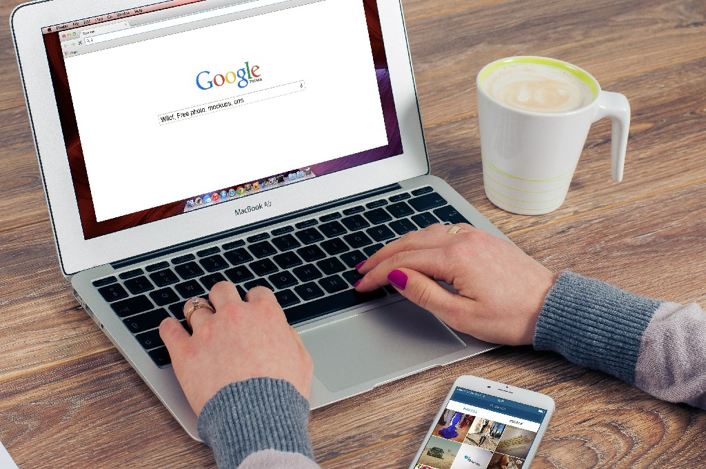 Google helps healthcare organizations become more visible in SERPs To read full article click the link below: https://digitalmarketingbachelors.com/google-helps-healthcare-organizations-become-more-visible-in-serps/…  #google #googleupdates #okgoogle #healthorganizations #dmb #digitalmarketing #digitalmarketingagency #digitalagencylahorepic.twitter.com/3eadB27gLt