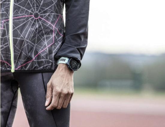 La sección Bazar de @expansioncom se incorpora a la familia de @UEBazar con temas con esta selección de los mejores 'smartwatches' para medir tu actividad física incluso durante el confinamiento. @amazon @amazonnews   https://cutt.ly/gtUHklgpic.twitter.com/dILFsx47jz