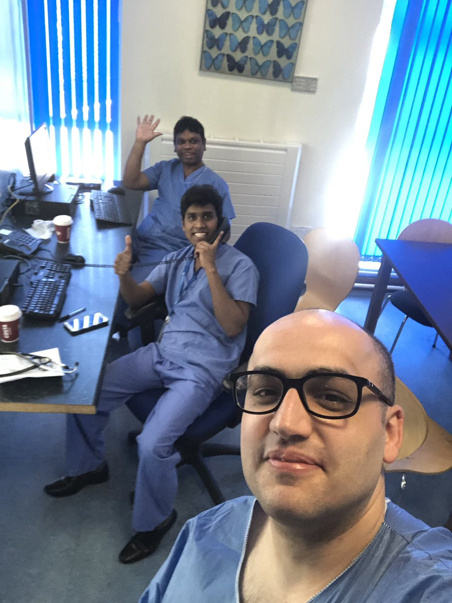 #socialDistance selfie after coming back to work in @HHFTnhs. #COVID19 you are not stopping us we will stop you. pic.twitter.com/et6ciOeBWw