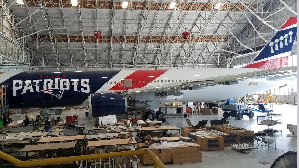 Patriots plane delivering 1.2M masks from China dlvr.it/RT28Dg