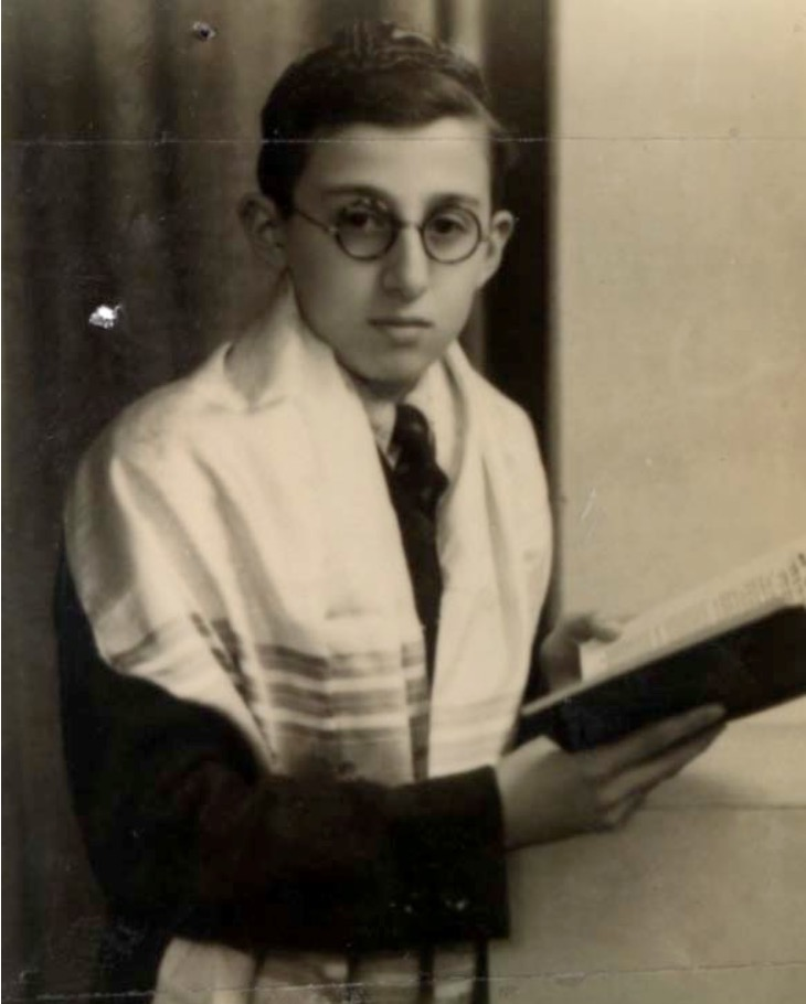 2 April 1924   German Jew Samuel Goldman was born in Dortmund.  He arrived at #Auschwitz on 5 August 1942 in a transport of 998 Jews deported from Malines / Mechelen in occupied Belgium.  He did not survive.
