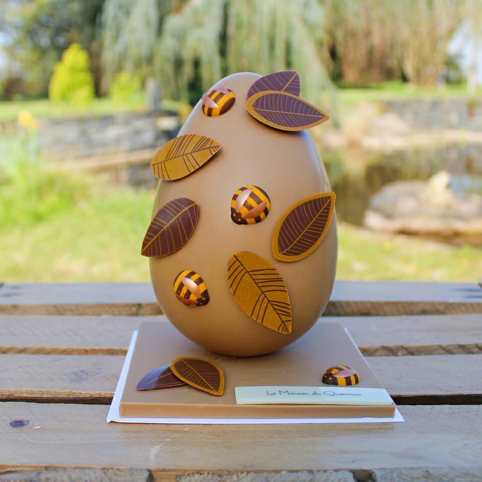 Les chocolats de Pâques sont arrivés à la maison 🐰 Merci à la @MaisonDuQuernon pour cette sublime création 😍🐝🍫 #angers #paques #chocolat #food https://t.co/tEB213gvnm