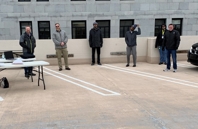 #DHSWI has been working 24/7 to respond to #COVID19_WI. But we're also staying #SaferAtHome Staff w/the Bureau of Information Technology Services helped make that happen by handing out laptops to remote workers last week. In March. In #Wisconsin. Outdoors. Thanks team!pic.twitter.com/oxwCW9utd7