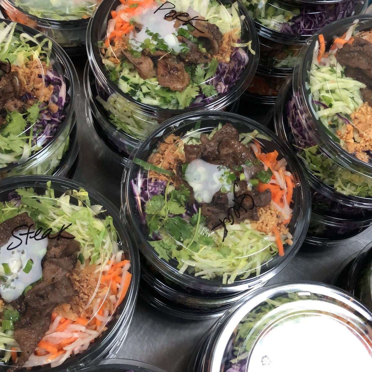 Looking for a way to treat those essential employees for their hard work? Consider our catering options! #vietnamese #catering #stleats #essentialemployeeshttp://www.ddmaustl.com/catering/