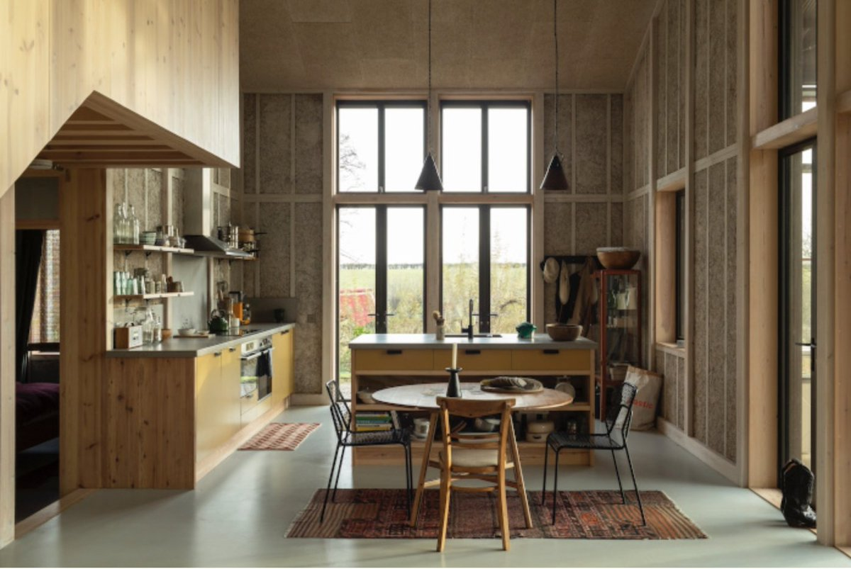 On a Cambridgeshire farm, a new home is made from the crop grown on the land around it: hemp designcurial.com/news/residenti…