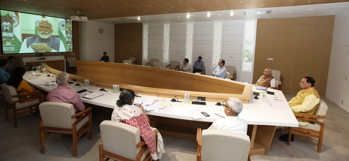 People should wear masks to arrest droplets and prevent infection to spread: PM in meeting with CMs