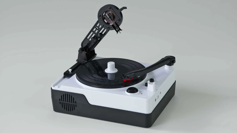 Adorable miniature record maker teaches kids not to take Spotify for