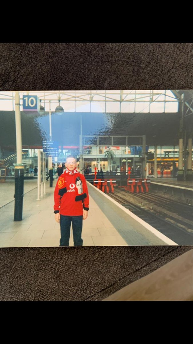 A young me at Piccadilly station Manchester in 02/03 on my way to my first Utd Vs Liverpool game, 4-0 winners 🇾🇪🤣 #RVN