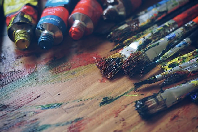 Mix your strong #artistic skills with #psychotherapy in this one of a kind #MSc program @QMUniversity  Details in our latest blog https://www.barclayedu.com/2020/04/02/your-creativity-can-help-others-study-art-psychotherapy-at-qmu/… #ScotlandIsNow #psychotherapie #psychotherapy #artists #artpic.twitter.com/gta1TnkI4q