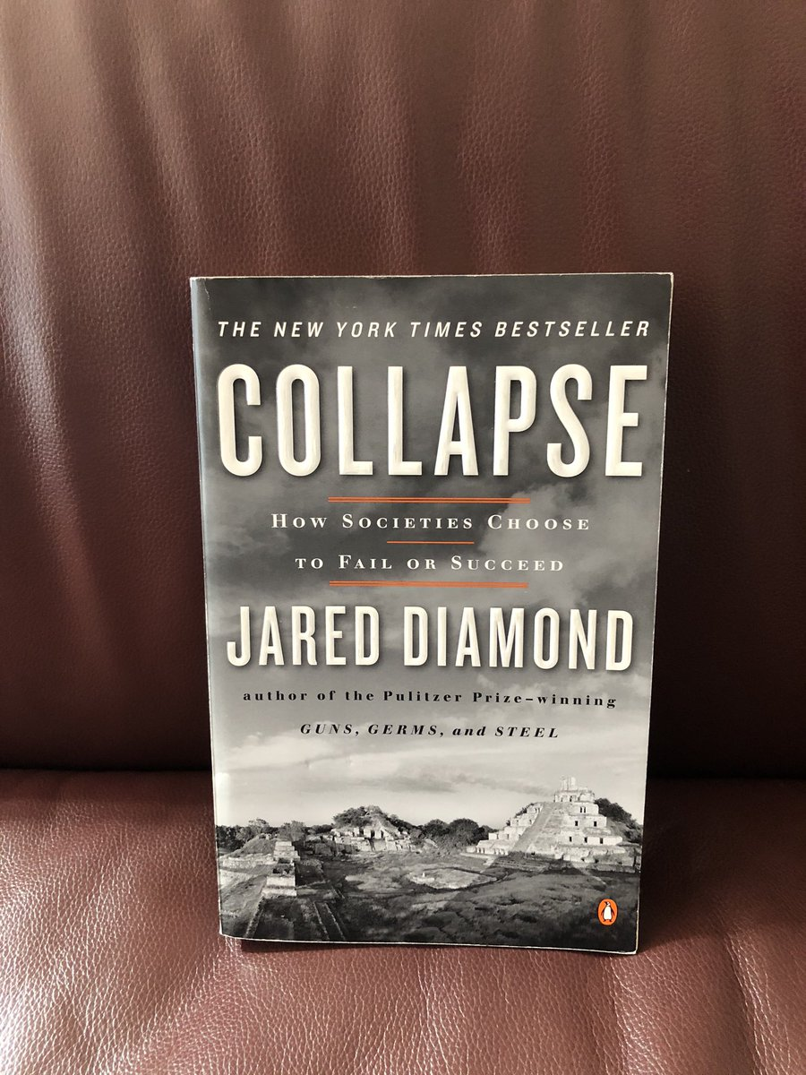 """Today's 2 books on a specific topic: Catastrophic endings. """"Collapse: How Societies Choose to Fail or Succeed"""" by Jared Diamond """"The Ends of the World: Supervolcanoes, Lethal Oceans, and the Search for Past Apocalypses"""" by Peter Brannen"""