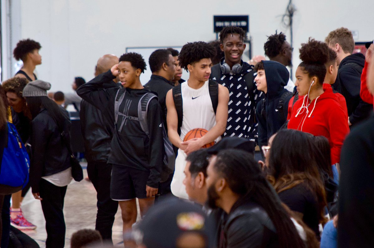 Missing the energy... 🤦🏽‍♂️ #madehoops https://t.co/HSDzmwJEtE