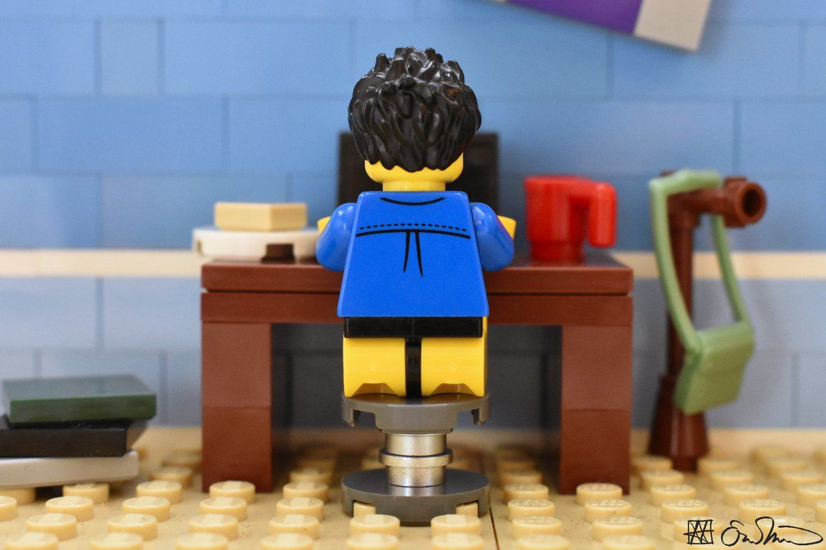 Staying safe in his apartment, the grad student seizes the opportunity to socially distance himself from pants. https://t.co/jwrKcYNWsj