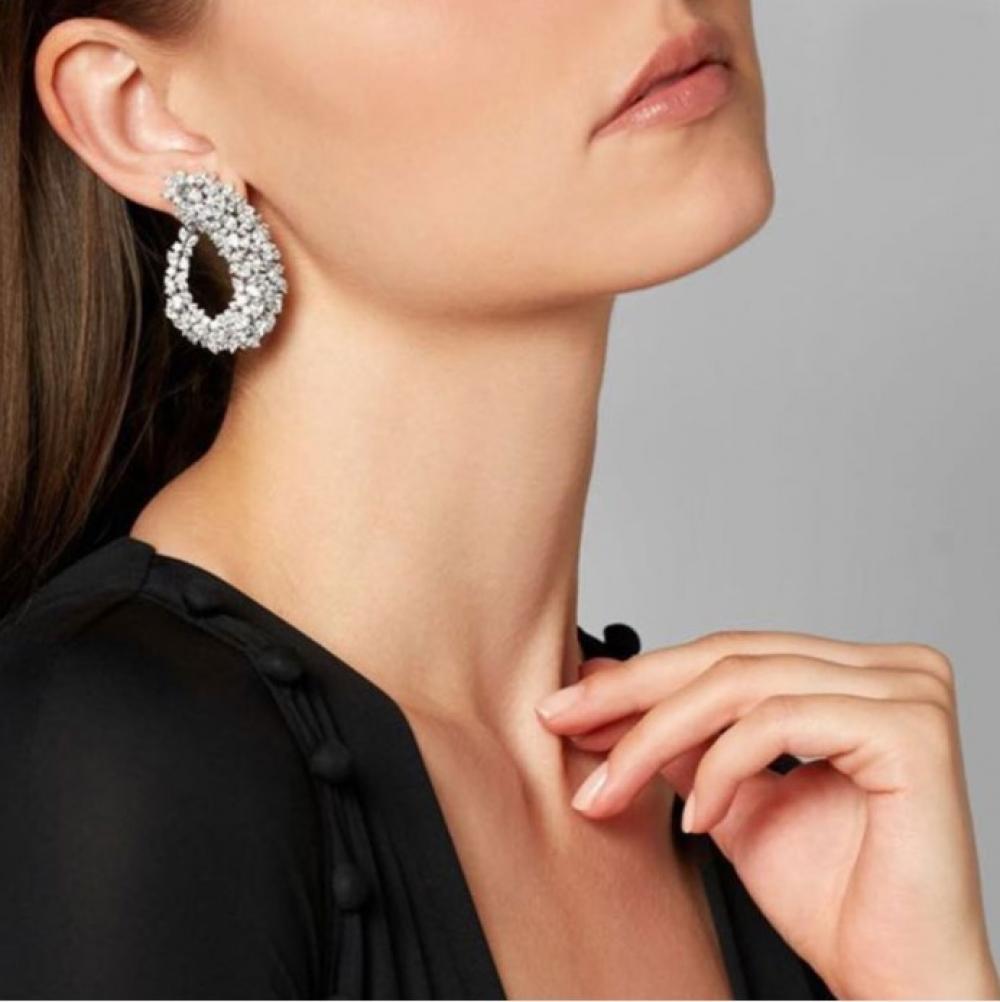 Crystal Frost Curl Drop Earrings #thendlesslove #jewelryartist