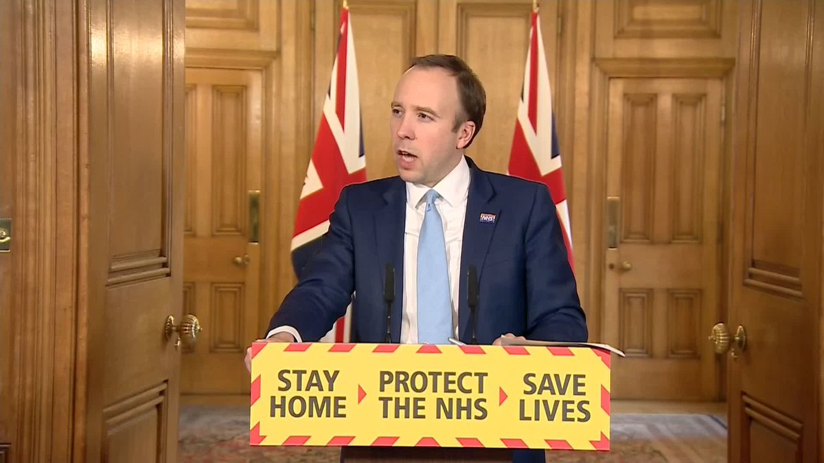 Given the sacrifices that many people are making... I think the first thing that Premier League footballers can do is make a contribution. Health Secretary Matt Hancock says footballers in Englands highest league should take a pay cut during the coronavirus outbreak.