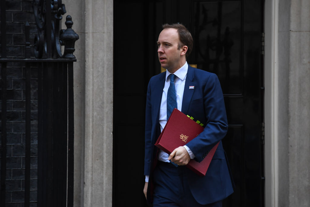 The health secretary has called on Premier League players to play their part and take a pay cut during the coronavirus pandemic. More: bbc.in/342yMQ3
