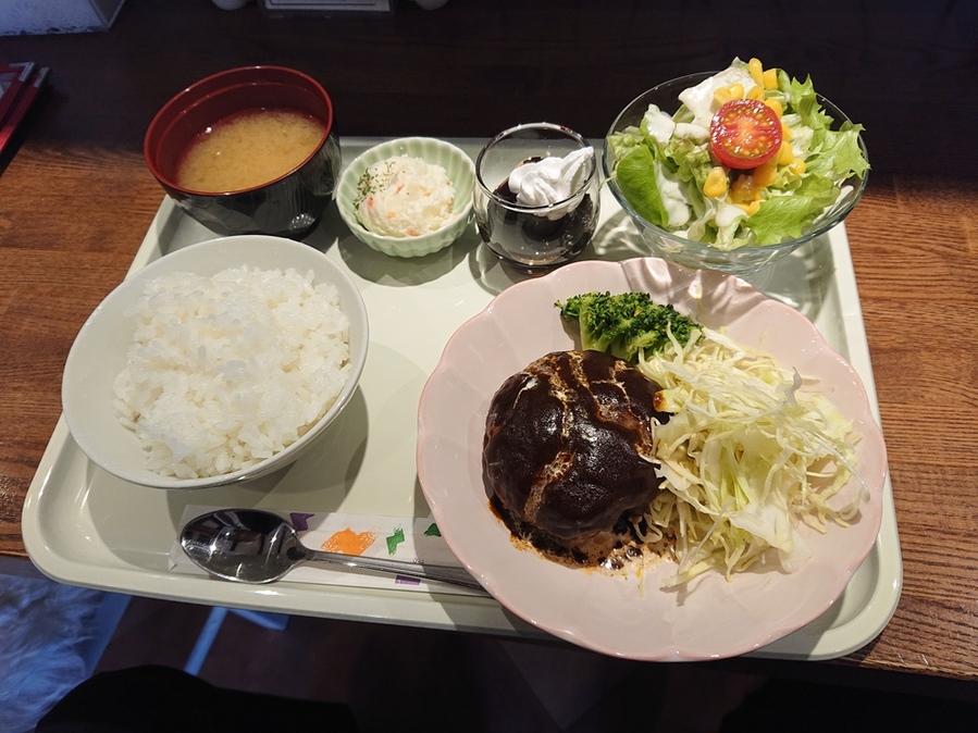 まとまりの良いハンバーグランチ 野田屋町カフェ!!  #tabelog