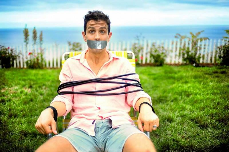 #MACATTACK Anyone else feeling a little tied down by everything? #ThursdayThoughts --C <br>http://pic.twitter.com/YTRB4wVmFj