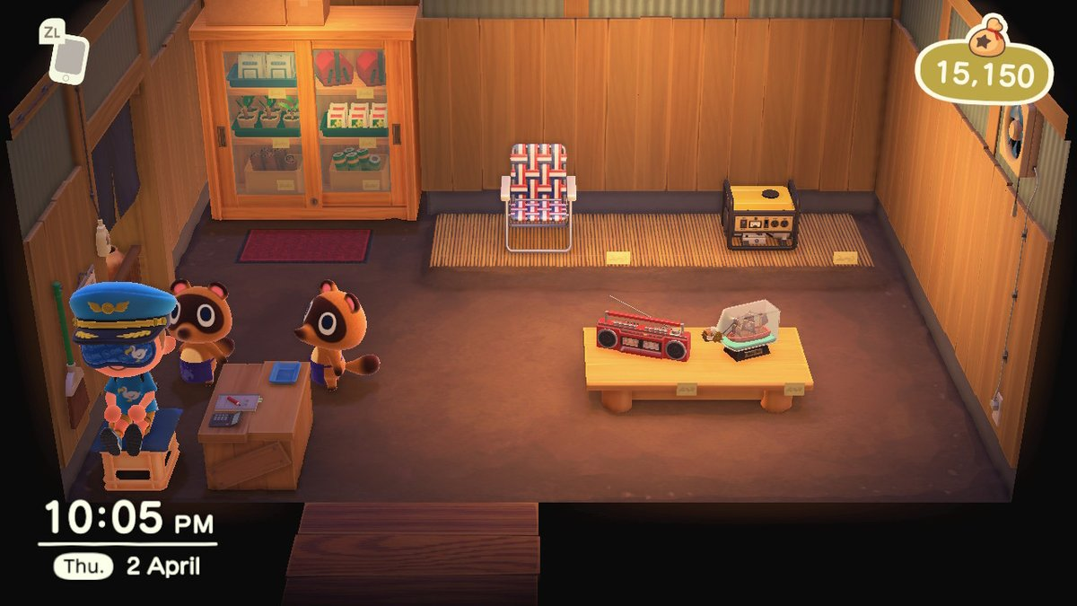 It is possible to not get kicked out of Nook's Cranny at 10pm by sitting on the stool in the corner of the shop! #AnimalCrossing  #ACNH <br>http://pic.twitter.com/zkmjGNk9IE