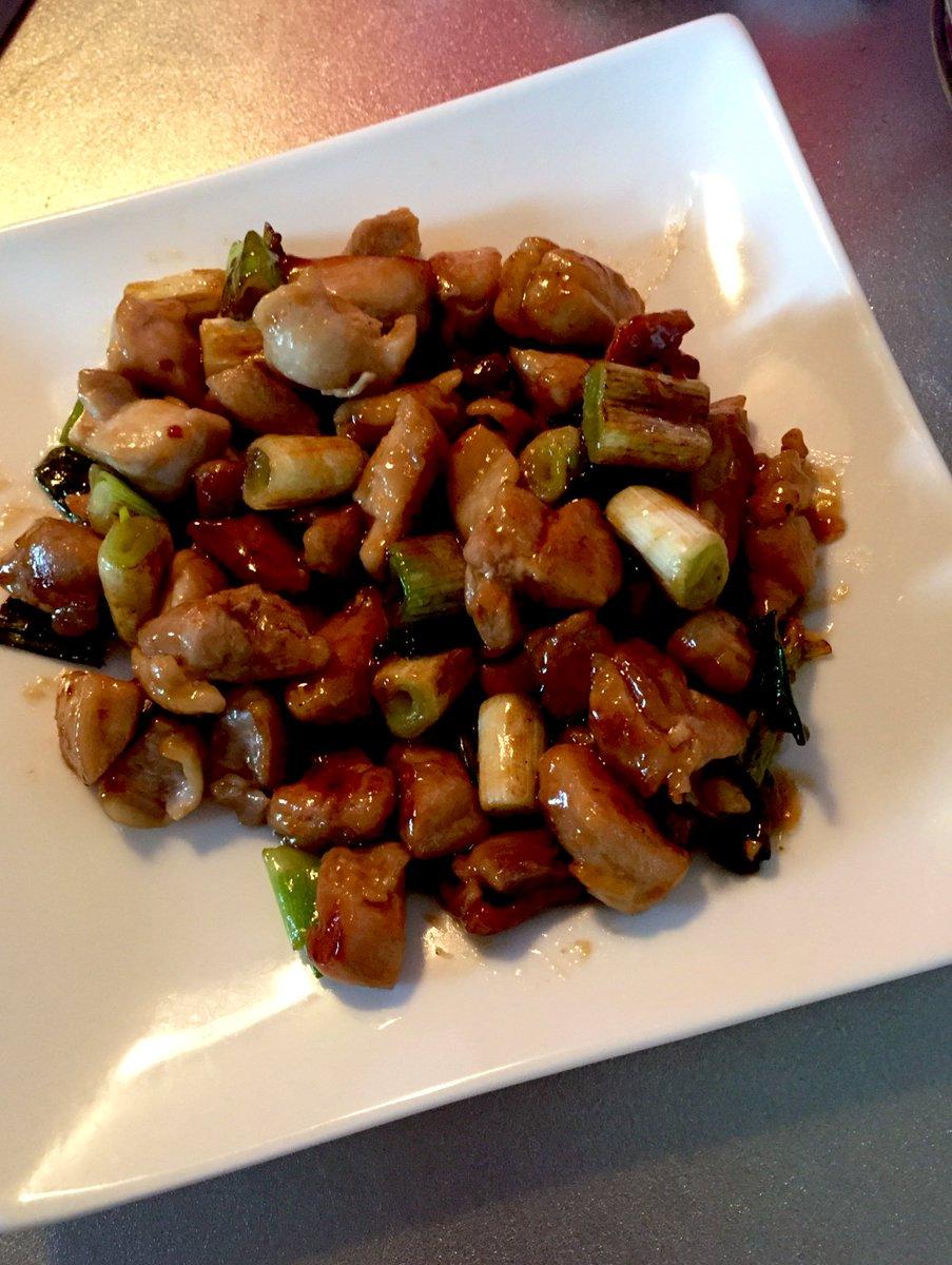 今日の晩御飯のメインは串なし焼き鳥🐔これ超簡単なのに本当に美味しくて旦那受けもいいのでレシピ共有させて下さい〜✨