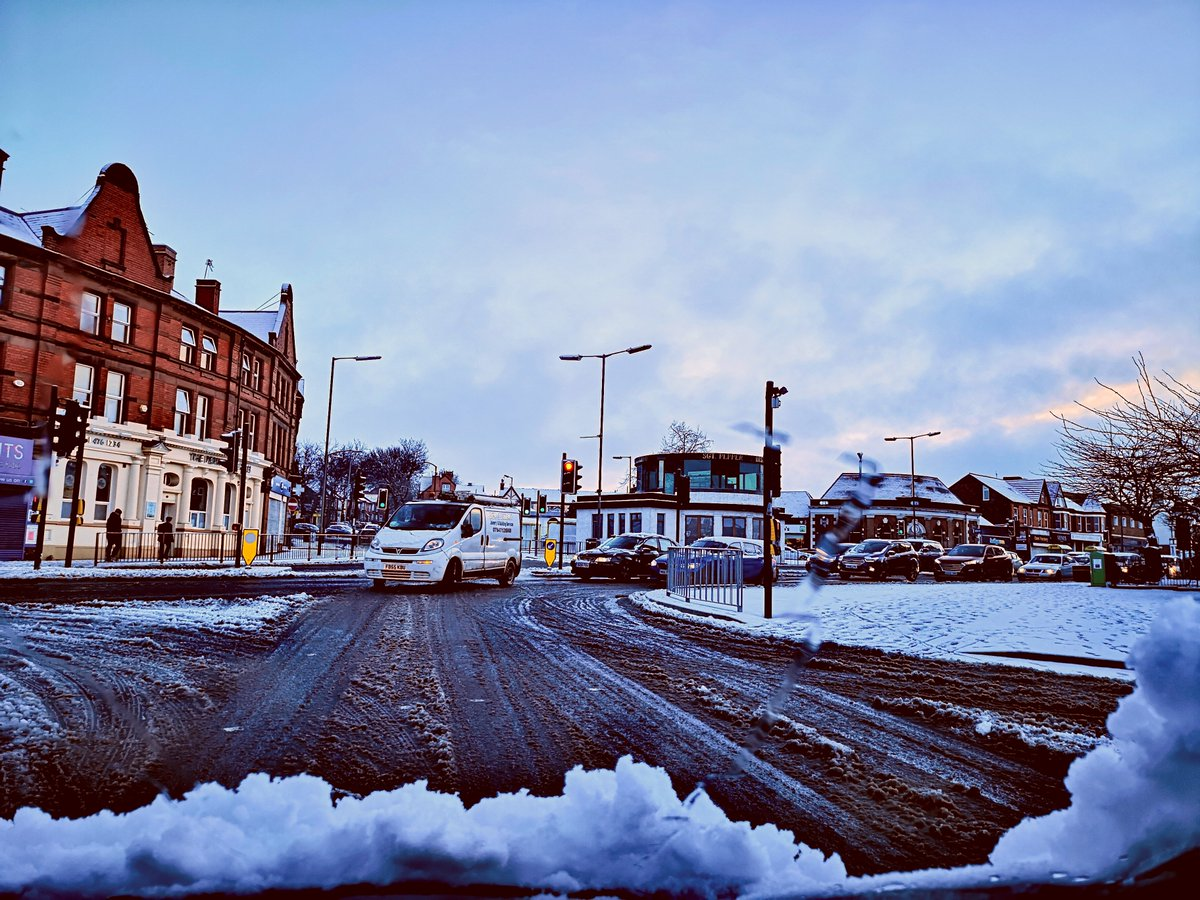30th January 2019 on the school run. Top of Penny Lane at Allerton Road #Liverpool