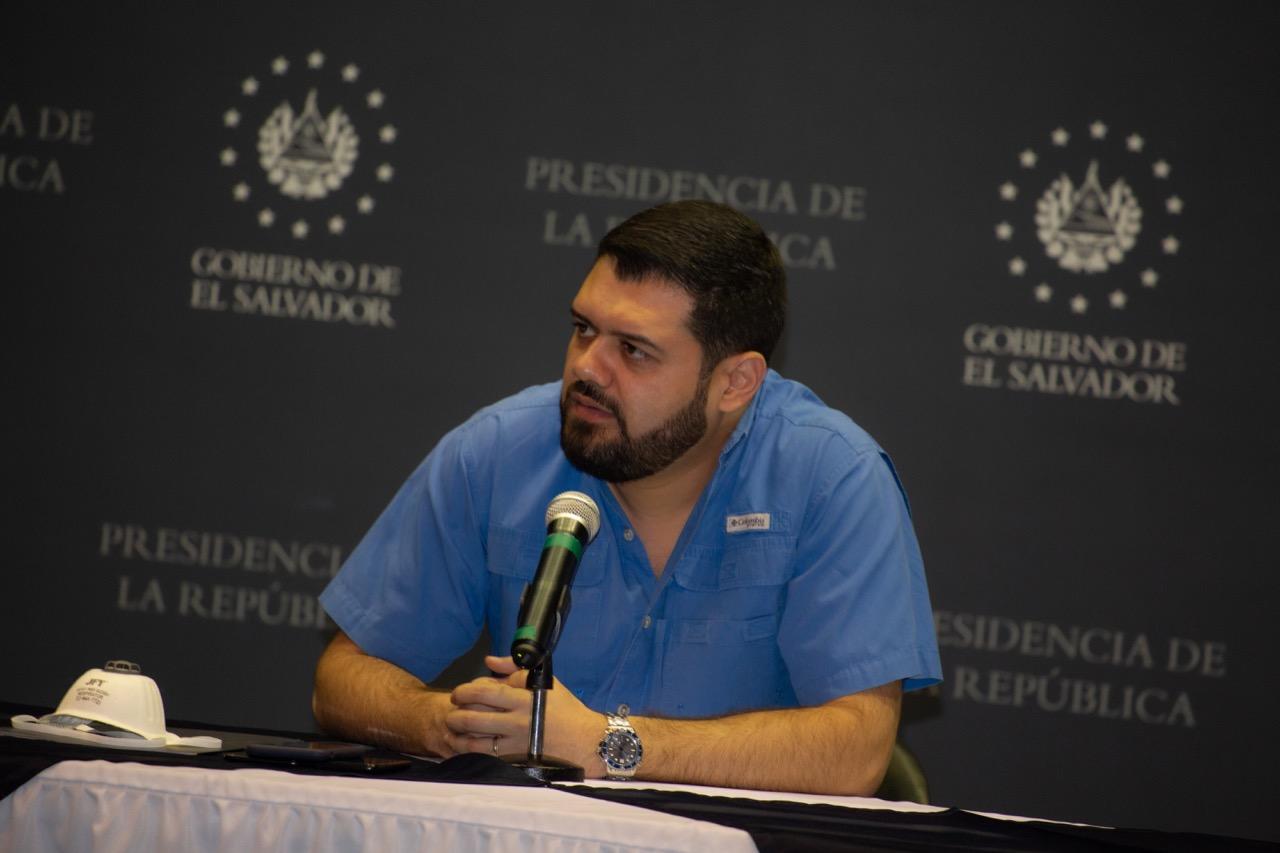 Ministro Rivas amenaza con contagio en centros de contención a quienes rompan cuarentena