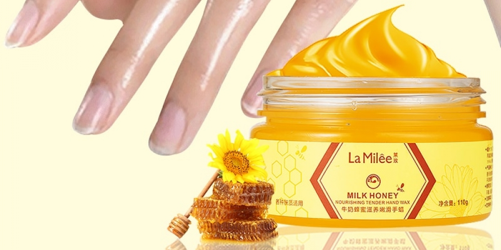 #art #lips Milk and Honey Hand Wax Mask https://2stepbeauty.com/lamilee-milk-honey-hand-mask-hand-wax-moisturizing-whitening-skin-care-exfoliating-calluses-hand-film-hands-care-cream-110g/ …pic.twitter.com/MCwcS113K5