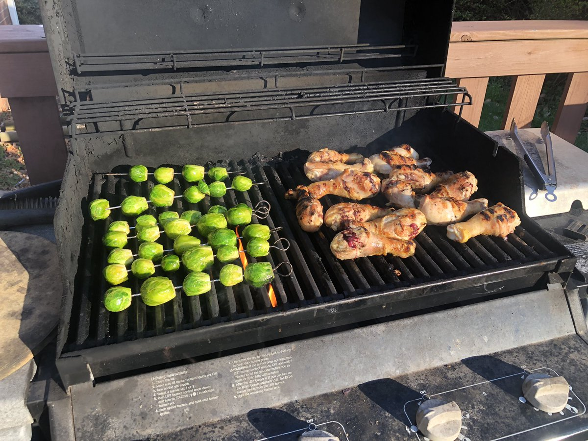 Dave S Not Here On Twitter L Dinner On The Grill R Dinner