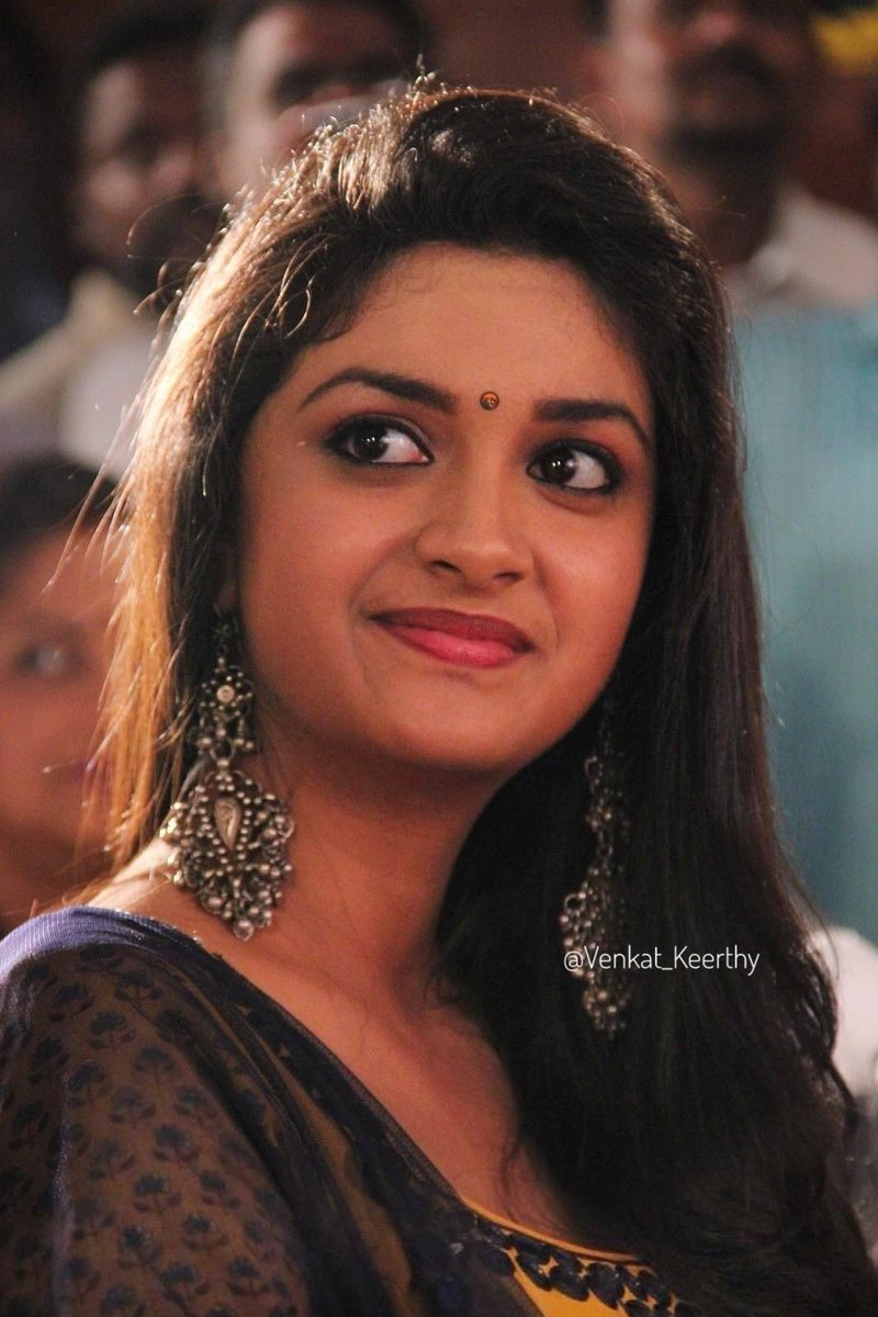 Good morning kitty  #NaturalBeauty #vintage @KeerthyOfficial pic.twitter.com/2iQ97BeZ5b