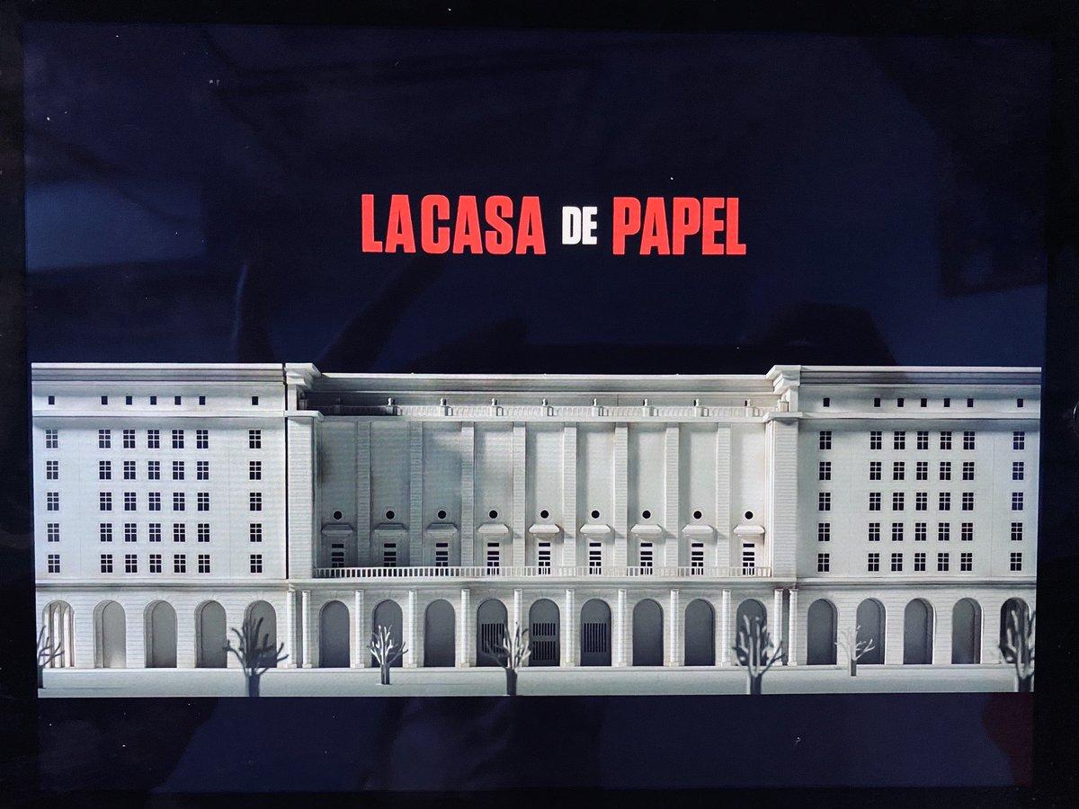 #LaCasaDePapel4