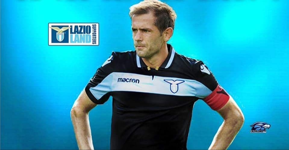 Il Messaggero note that Senad Lulic will have to go into quarantine for 14 days upon his return to Italy from Switzerland, where he is currently rehabilitating from an ankle injury.  It is expected Lulic will go into quarantine at Formello where he can train alone for two weeks. pic.twitter.com/nW8UdKvfrH