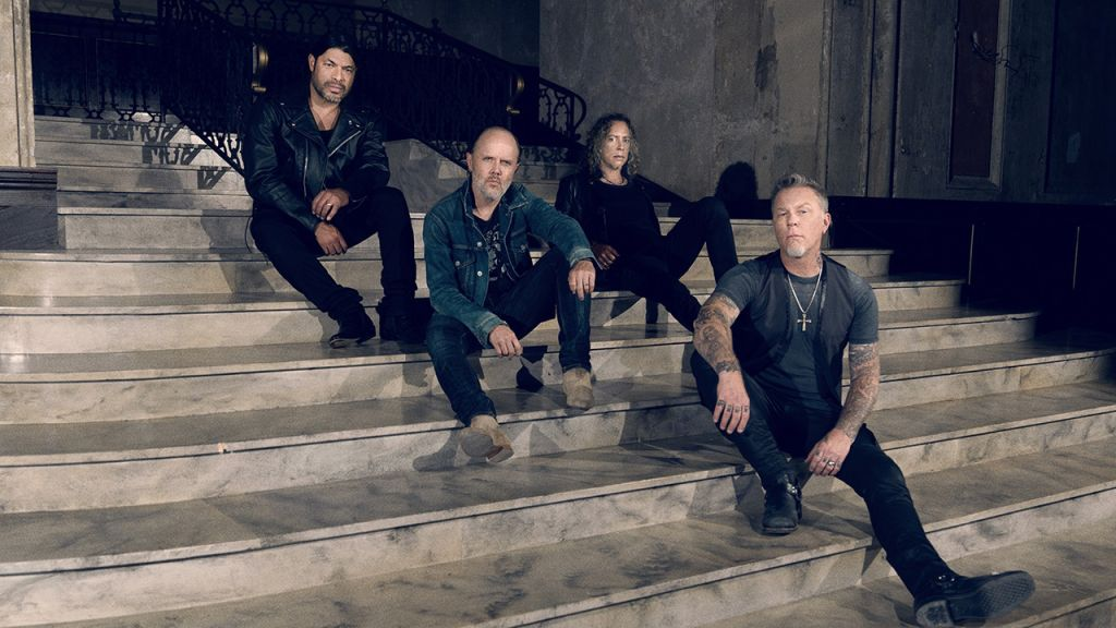 Metallica donate $350,000 to four coronavirus relief funds: https://t.co/ZHQBHugnM3 https://t.co/CTuEmzCMru