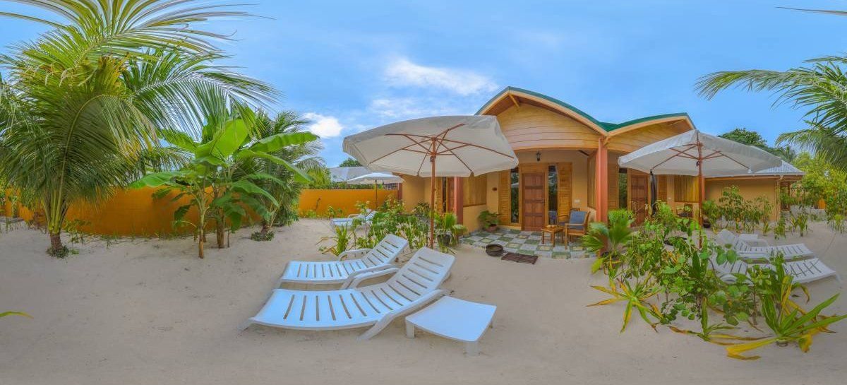 Sabba Summer Suites are the best choice discover the #Maldives #travelworld #traveldiary #travelandlife #doyoutravel #IWBmob #TTOT #lpchat #wanderlusting #travelnow #openmyworld #doyoutrave #great_captures_city  #travelawesome #openmyworld #letsgosomewhere https://www.instantworldbooking.com/Maldives-hotels/Sabba-Summer-Suite_Kanu-Huraa.htm…pic.twitter.com/JqaYH24N5e