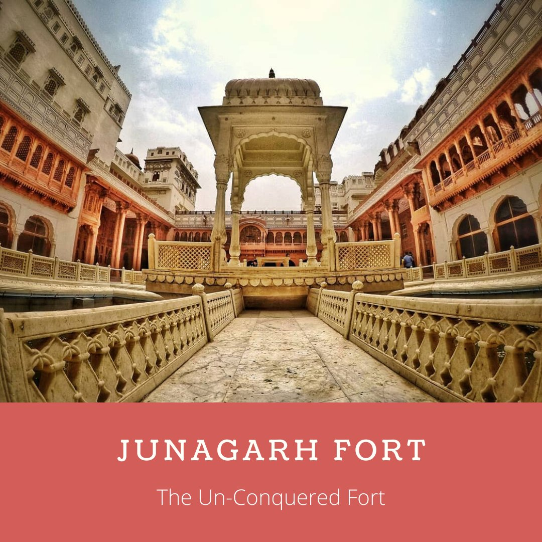 #JunagarhFort was attacked a number of times in the due course of history but was never conquered.  #kahajaun #rajasthantourism #rajasthan #travelstoke #travelandleisure #indiancouture #Delhiblog #indiantravelblogger #travelblog #indianhistory #photography  @my_rajasthanpic.twitter.com/j3z4ygy4q1