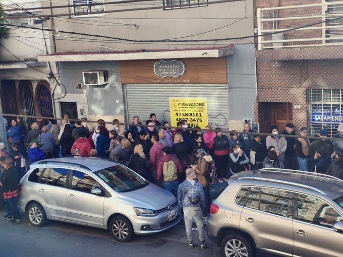 Social distancing en #Argentina ...    pic.twitter.com/fJZzxzyYFq