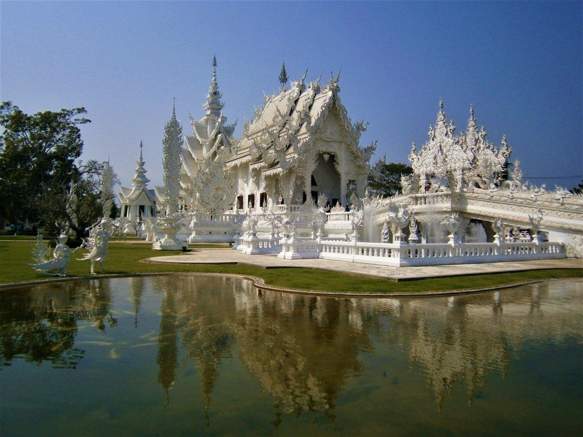 Wat Rong Khun, Wait Temple- #Thailand   #travelphotography #TravelerCon3000 #Travel #TravelBan #travelblogger #triphop #trip #Viajes #NaturePhotography #naturelovers #GlobeAtHome #travelguide #guide #traveladvice #viajar #Viajes #europeanadventure #travelgram #viaggivirtualipic.twitter.com/ZLSehw4mjB
