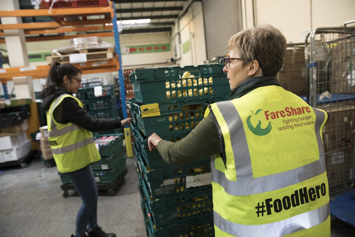 As we've now closed our hotels & restaurants – except those open to support key workers – we're proud to announce we've donated 65,000 meals through our partner, @FareShareUK, to support charities & community groups at this difficult time https://t.co/OZATX8ZUkN #innthistogether https://t.co/9EtgnEISHc