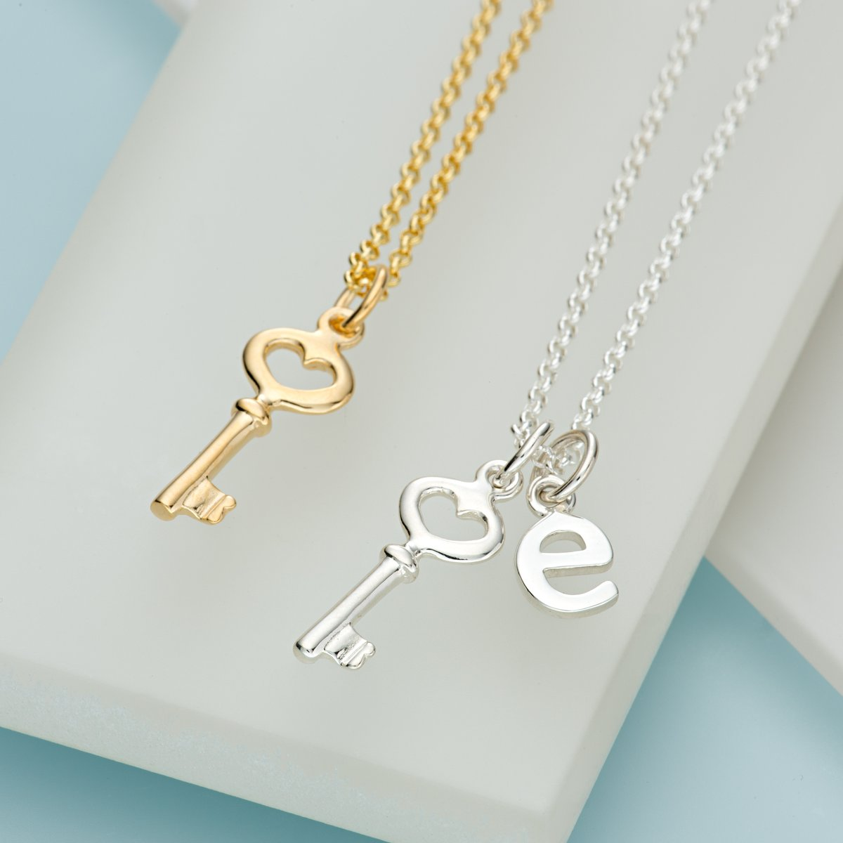 Key jewellery, the most appropriate jewellery to send in a lockdown? Perfect for 18th birthdays and all modern day Rapunzels . Keys represent fortune and freedom , and don't we all yearn for that! http://ow.ly/7co050z4r0g #lockdown #keynecklace #padlock#recycledsilver pic.twitter.com/sfVkWQpW6w