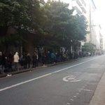 Image for the Tweet beginning: (#LaCity): Desastre en los bancos: