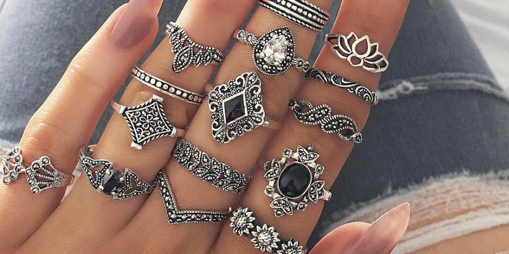 Bohemian Style Silver Rings 15 pcs Set $8.99  #FashionDesigner pic.twitter.com/KqheDQbAXS