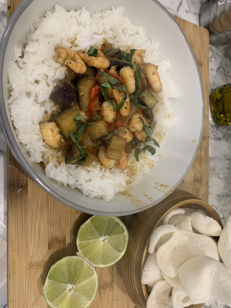Day #11 of #lockdown. I'm having a Thai king prawn & aubergine curry for lunch. What are you having? #coronavirusmeals <br>http://pic.twitter.com/arbaBLZh6S