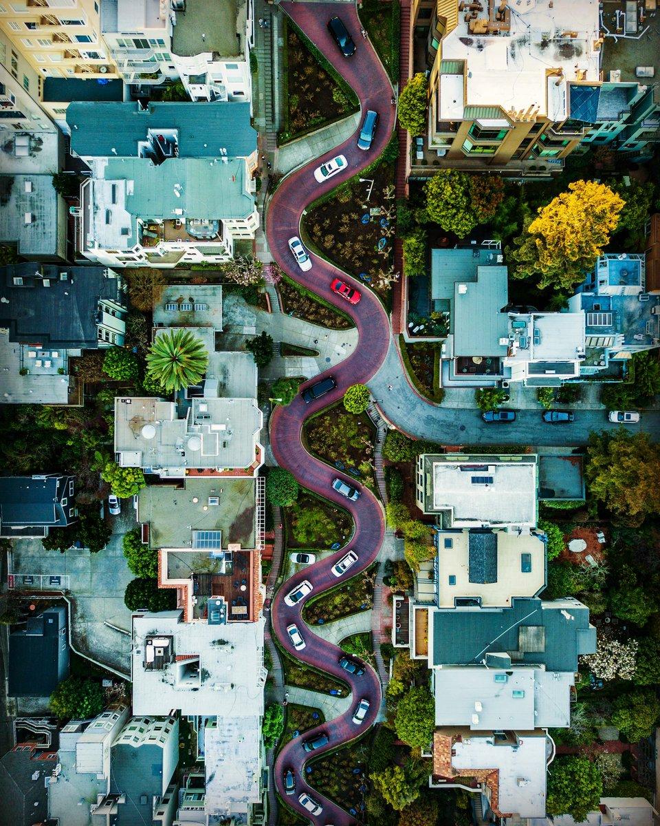 San Francisco - USA #WeAreKuruWe #travelcommunity #travel #travelphotography #travelphoto #traveltheworld #travelbloggers #nextdestination #wanderlust #budgettravel #travelbug #washyourhands #usa #sanfrancisco #dronephotography #roadtrip #aerialphotography #startup #crewlifepic.twitter.com/KqD5N7AF8L