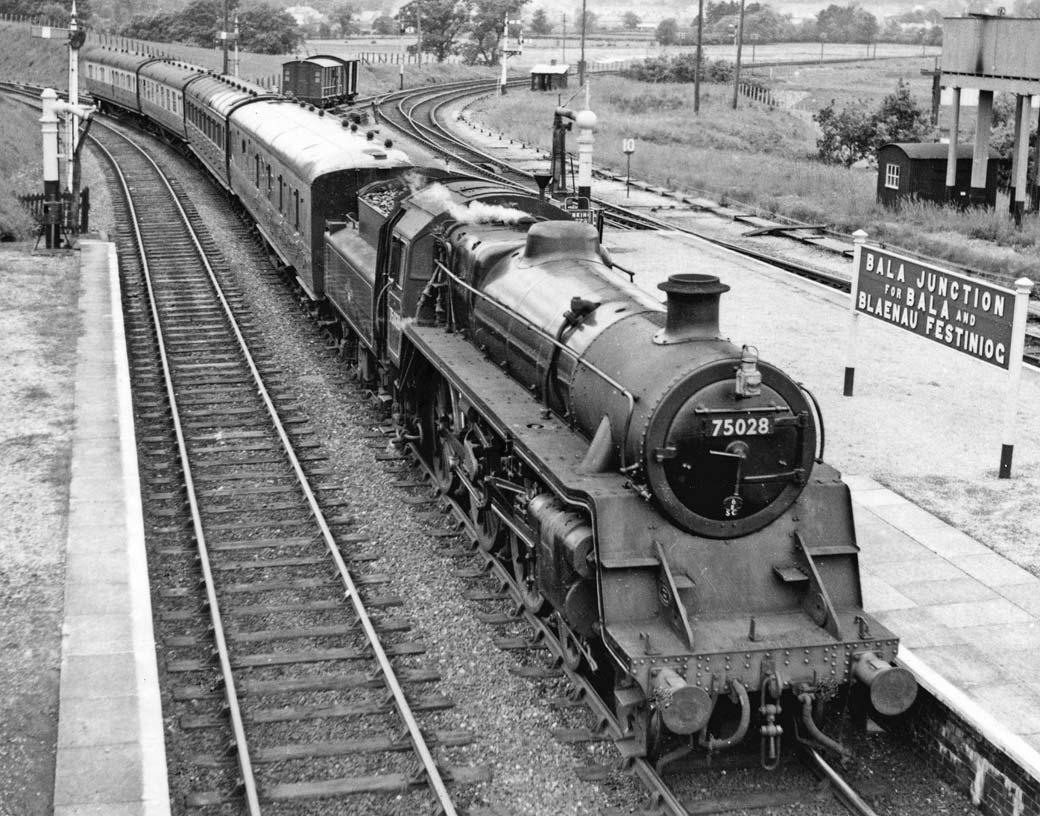 EUrjjaoUYAEorod?format=png - Sixty years since the last train to Cwm Prysor